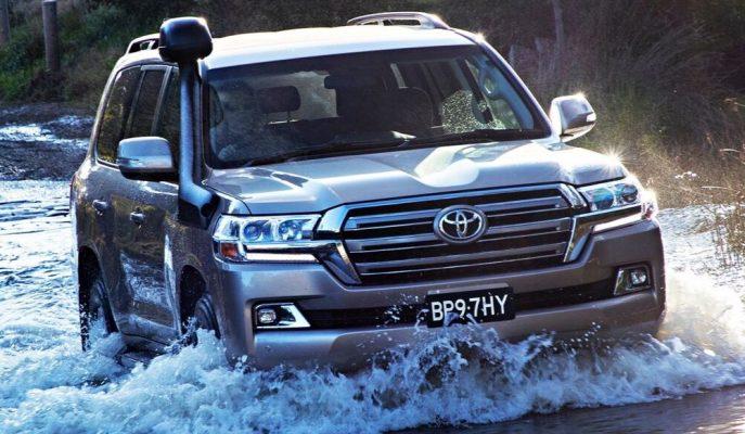 Toyota 10 Milyon Adet Land Cruiser SUV Sattı!