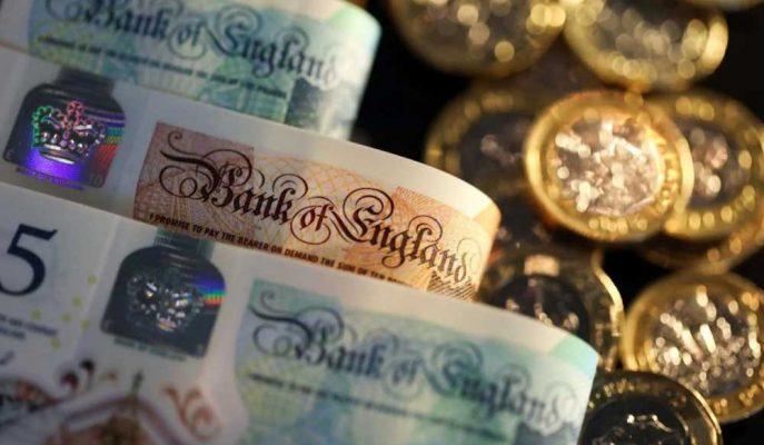 Yatırımcılar Yeni Brexit Gelişmelerini İzledikçe Sterlin Düşüyor