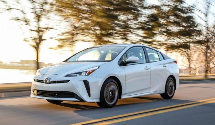 Güncellenen Toyota Prius'un Bağlantı ve Güvenlik Özellikleri Dikkat Çekiyor!