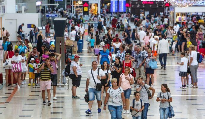 Son Veriler 2019'un Turist Sayısında Rekorla Tamamlanacağına İşaret Ediyor