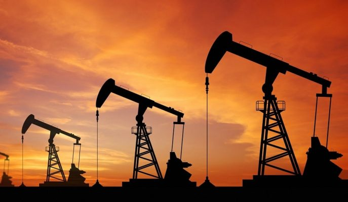 ABD Stok Açıklamasını Bekleyen Ham Petrol 53 Dolarda Seyrediyor