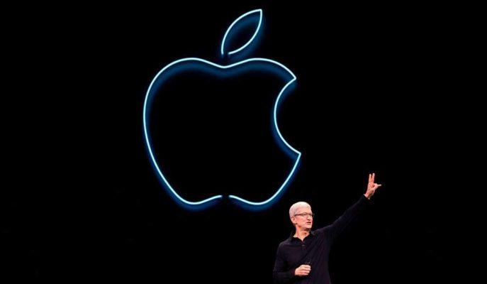Apple CEO'su Tim Cook iPhone 11'in Satış Rakamlarından Memnun Olduklarını Söyledi