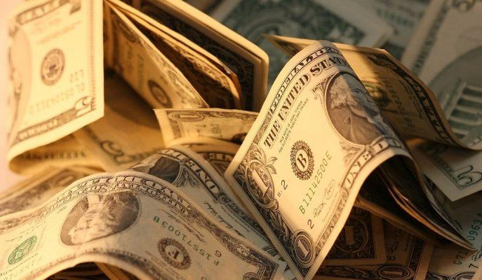Dolar Suriye'deki Operasyona İlişkin Haber Akışı ile 5,90'a Yaklaştı