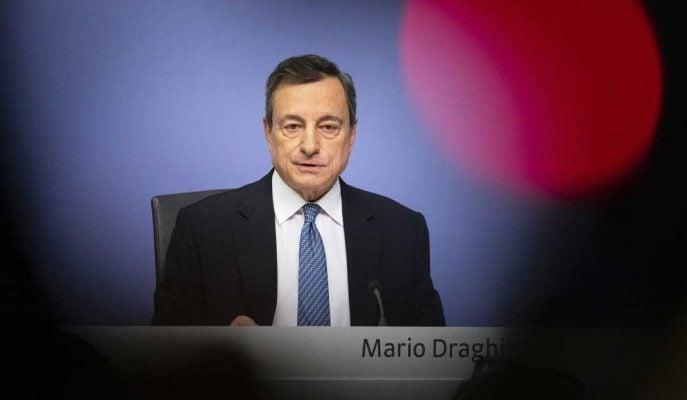 Draghi Euro'yu Kurtarırken, AMB'yi Her Zamankinden Daha Fazla Böldü