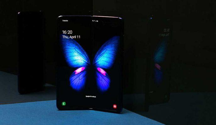 Galaxy Fold'un Üzerindeki Samsung Yazısının Soyulduğu İddia Edildi