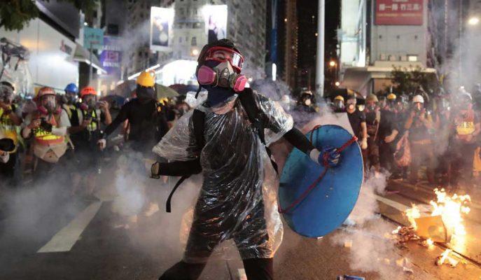 Hong Kong Protestoları, ABD-Çin Müzakerelerine Gölge Düşürebilir