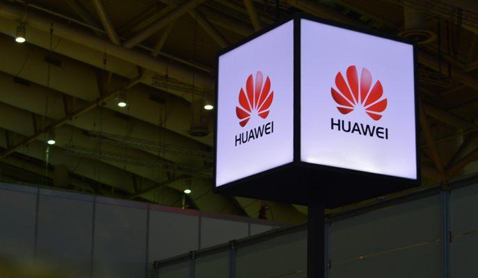 Huawei ABD Ambargosuna Rağmen Satışlarını Artırmaya Devam Ediyor