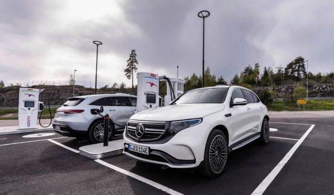 Mercedes'in EV SUV'u EQC'de Potansiyel Bir Hata Tespit Edildi!