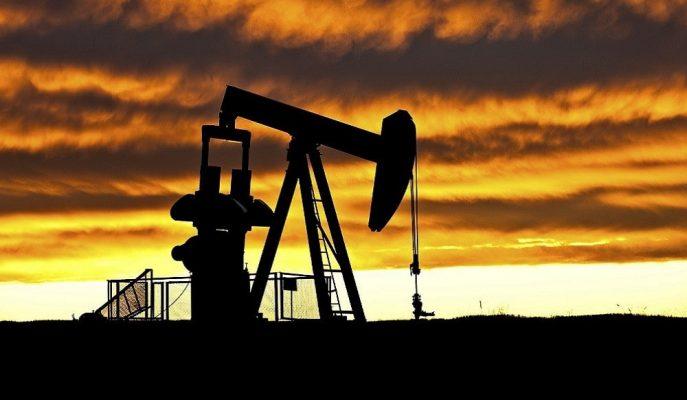 Petrol Fiyatları Temmuz'dan Bu Yana En Büyük Haftalık Kaybına Yöneldi
