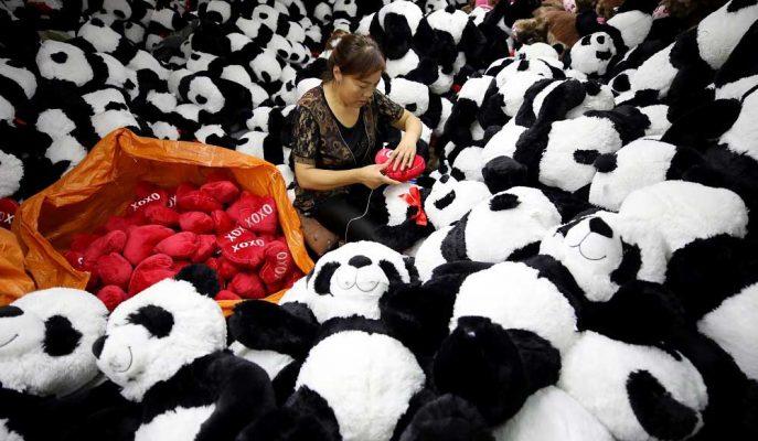 Caixin/Markit Anketi, Çin'in Üretim Faaliyetinin Ekim'de Genişlediğini Gösterdi