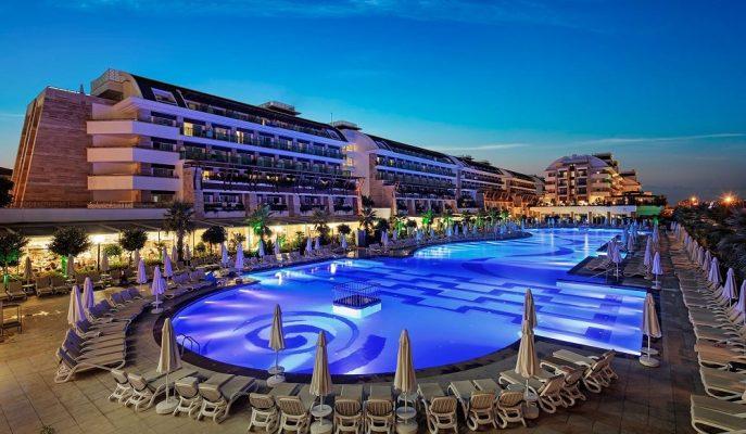 Fiyat Kontratı Yapan Antalyalı Turizmciler 2020 Yılında Gelirlerin %10-12 Artmasını Bekliyor