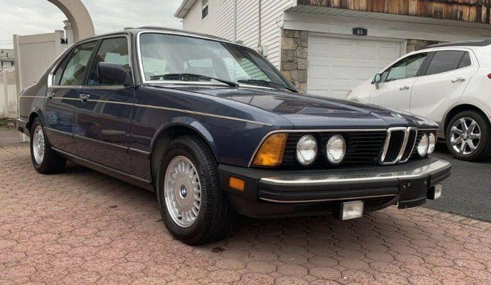 BMW'nin Amirali 7 Serisi'nin Orijinal E23 1987 Örneği Satılıyor!