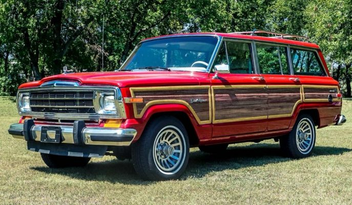 Jeep Wagoneer'in Dış Restoresi 80'lere Göre Yapılsa da Motor Tarafı Öyle Değil!