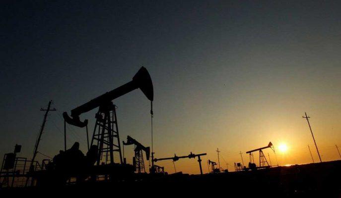 Petrol Fiyatları Ticaret Konuşmalarındaki Yeni Belirsizlikle Yaklaşık Yüzde 2 Azaldı