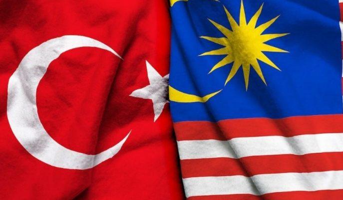 Bakan Turhan ve Malezya Ulaştırma Bakanı Fook, Ülkeler Arası İş Birliğini Görüştü