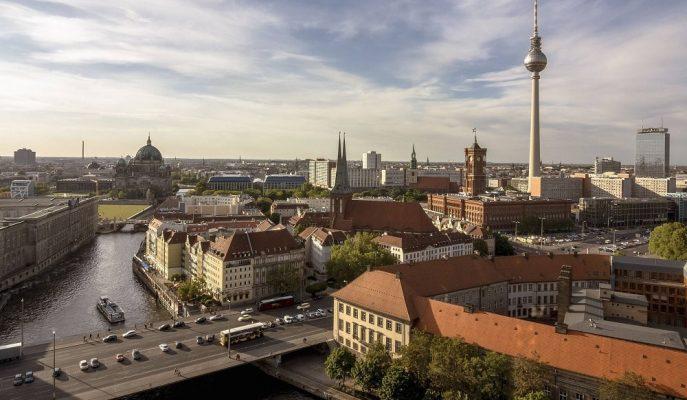 Bundesbank, Almanya'nın Büyüme Tahmininde Aşağı Yönlü Revizeye Yöneldi