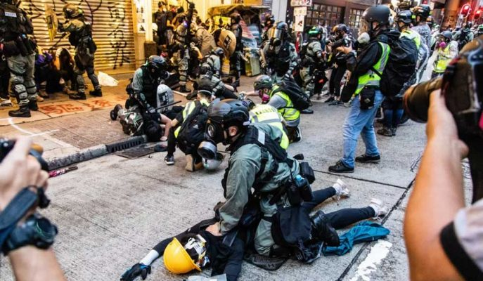 Çin Başbakanı: Hong Kong Henüz Protesto Çıkmazından Kurtulmadı