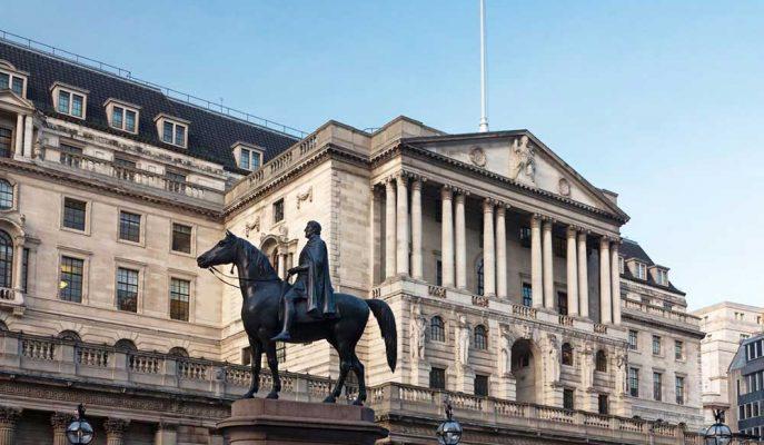 İngiltere Merkez Bankası Faiz Oranını Değiştirmedi, Büyüme Tahminini Düşürdü