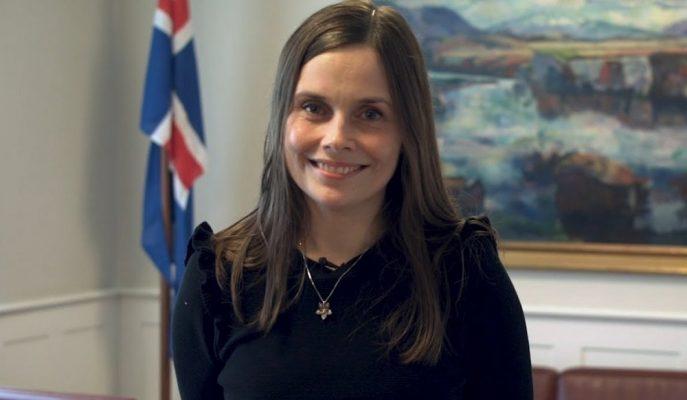 """İzlanda Başbakanı Jakobsdottir, Yeni Modeli """"Mutluluk Ekonomisi"""" ile Önce İnsan Diyor!"""