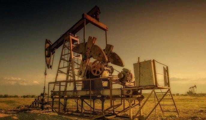 Petrol Fiyatları Irak'ın Üretim Kısıntısını Artırma İhtimaliyle Yükseldi