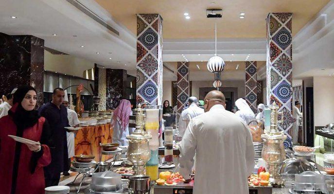 Suudi Arabistan Restoranlardaki Cinsiyet Ayrımcılığına Son Verdi