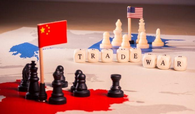 ABD-Çin Ticaret Savaşı 2 Yılda Her İki Ekonomiyi de Derinden Sarstı!