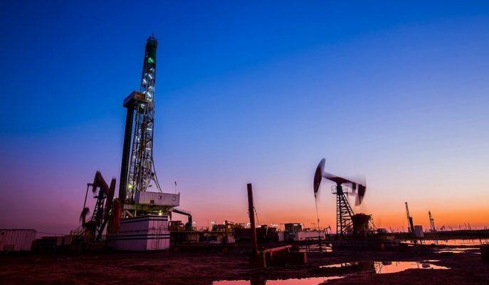 Petrolde Arz Bolluğu Libya'daki Aksaklığı Gölgede Bırakırken, Fiyatlar Hafif Geriledi