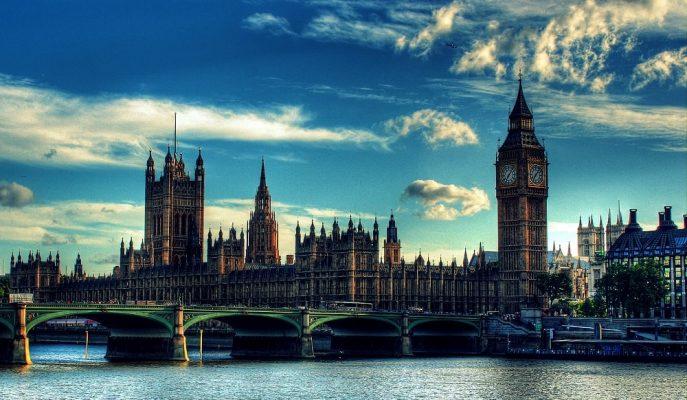 Ünlü İngiliz Yöneticilerin 3 Günlük Kazancı, Ülkenin Ortalama Yıllık Maaşı Kadar!