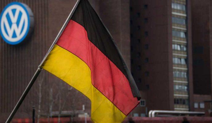 Almanya'nın Sanayi Üretimi Resesyon Korkularını Artırdı