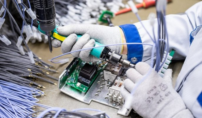 Fitch'e Göre Koronavirüs En Çok Elektronik Sektöründe Tedarik Sıkıntısı Yaratacak