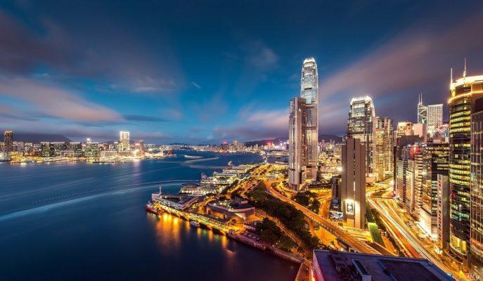 Hong Kong Hükümeti Salgın Nedeniyle Vatandaşlarına Para Yardımında Bulunacak