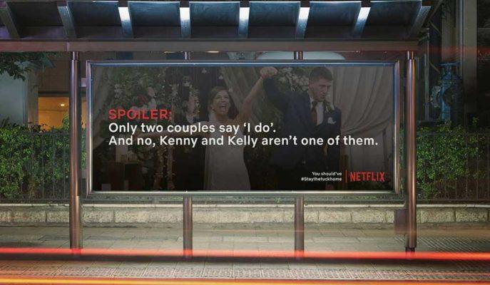 Netflix Evde Durmayanlara Reklam Panoları ile Spoiler Veriyor