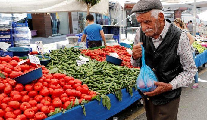 Enflasyon Şubat'ta Bir Önceki Yıla Göre %12,37 Arttı