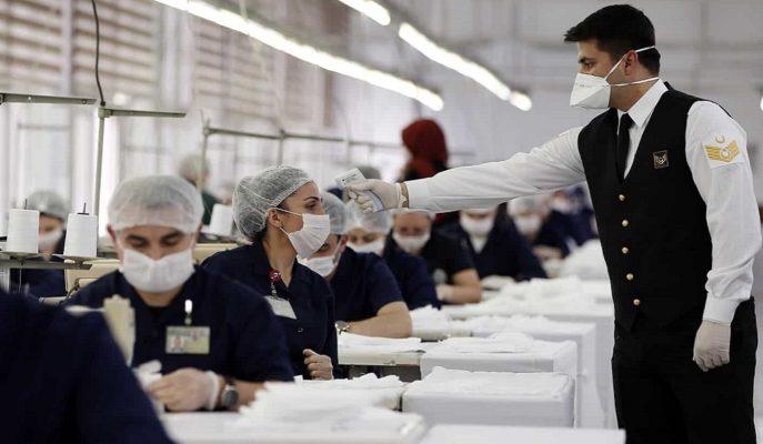Bakan Akar'ın Talimatıyla TSK'nın Maske İhtiyacı için Üretim 2 Katına Çıkarıldı