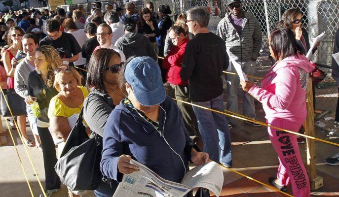 ABD İşsizlik Maaşı Başvuruları 6.6 Milyonla Rekor Kırarken, Beklentiyi 2'ye Katladı