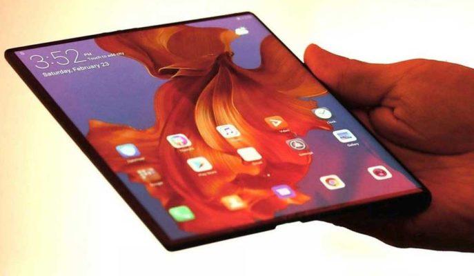 Huawei, Galaxy Fold Benzeri Bir Katlanabilir Telefon Geliştiriyor