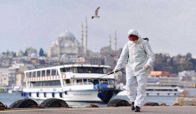 Türkiye'nin Salgın Krizini Atlatması için Dışarıdan Gelen Bir Güvene İhtiyacı Var