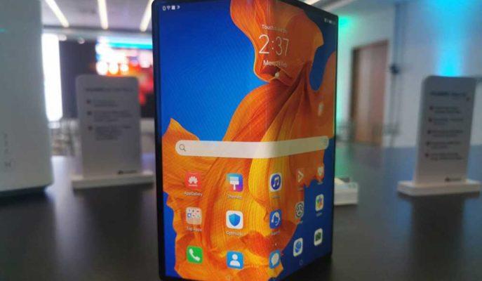 Huawei Bütçe Dostu Katlanabilir Telefon Geliştirebilir