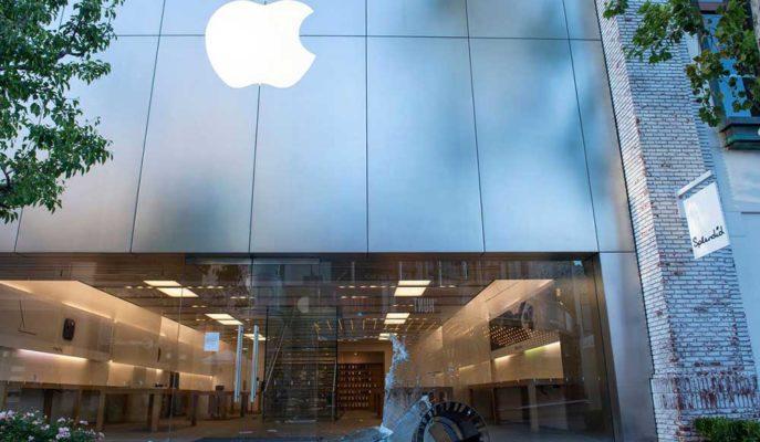 Apple Yağmacıların Çaldığı iPhone'ları Kilitledi Mağazaya Geri Çağırdı