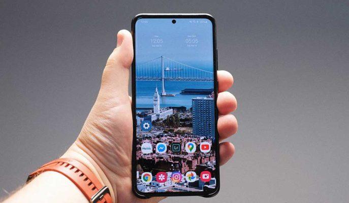 Samsung Galaxy Note 20 Serisinin Standart Modelinde Ekran Kalitesini Aşağı Çekebilir