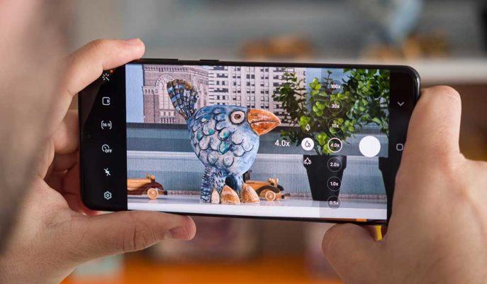 Samsung, Galaxy S20 Ultra'nın Yakın Mesafedeki Odaklama Sorununa Çözüm Getirdi
