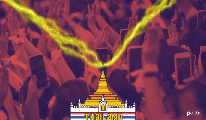 Tayland Yükselen Protestolar ve Düşen Ekonomiyle Çifte Sorunla Karşı Karşıya