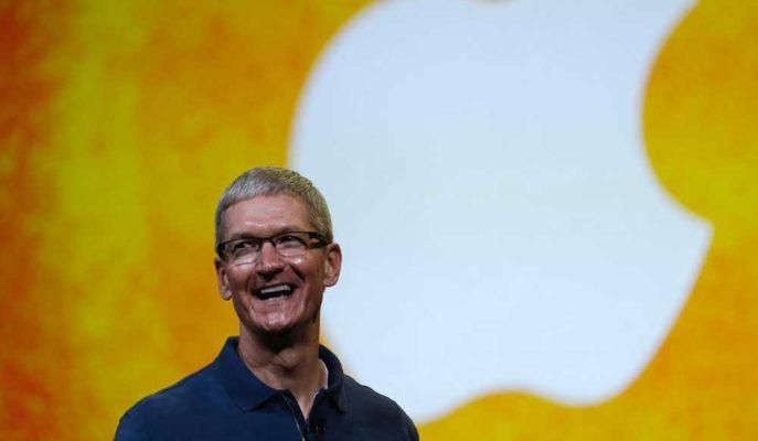 Apple'ın Artan Piyasa Değeri Tim Cook'u Zengin Etmeye Devam Ediyor