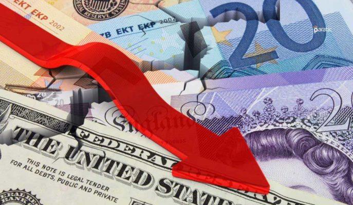 Döviz Kurlarındaki Düşüş Hızlandı, Dolar 6,97'yle Temmuz'dan Bu Yana En Düşük