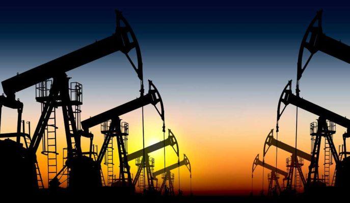 Petrol, Süveyş Kanalı'ndaki Krizin Uzun Süreceği Haberiyle Yükseliyor