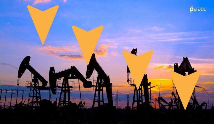 Petrol Fiyatları Hindistan'da Rekor Kıran Vakalarla Düşüyor